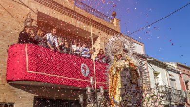 Photo of Multitudinaria procesión de Nuestra Señora de la Soledad por las calles de Castilleja con motivo de la Candelaria