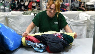 Photo of AireSur entrega más de ocho toneladas de ropa a la Fundación Humana para darle una nueva vida