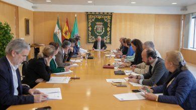 Photo of La Diputación de Sevilla establece los servicios esenciales e implanta el teletrabajo