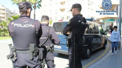Photo of La Policía Nacional detiene a los autores de dos atracos en Sevilla