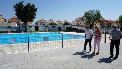 Photo of Más de un millar de vecinos y vecinas ya disfrutan de la piscina de Castilleja