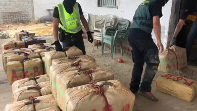 Photo of La Guardia Civil intercepta 2.300 kilos de hachís que se descargaron en Puebla del Río
