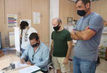 Photo of Las AMPAS de San Juan entregan al Ayuntamiento más de 900 firmas pidiendo una vuelta al cole segura