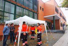 Photo of Bormujos instala carpas en la puerta del centro de salud para proteger a los vecinos del mal tiempo