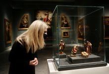 Photo of Del Pozo inaugura en el Museo de Bellas Artes de Sevilla la exposición de un 'Nacimiento' de La Roldana que se muestra al público por primera vez