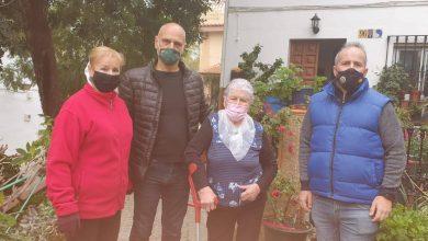 Photo of Denuncian que una vecina de Camas haya tenido que pagar de su bolsillo una obra en la vía pública por su seguridad