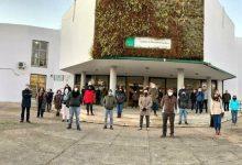 Photo of Tres menores agreden a un profesor del IES Heliche de Olivares