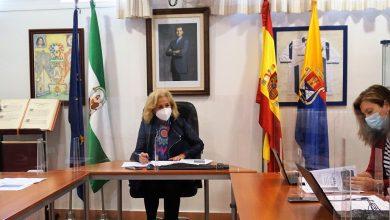 Photo of Carmen Herrera anuncia ayudas de 850.000 euros en 2021 para apoyar al comercio local