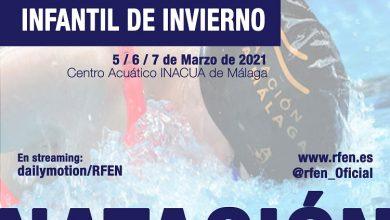 Photo of Los nadadores Antonio Fortes y Paula Sánchez junto al técnico Miguel Virino en el Campeonato de España Infantil de Invierno