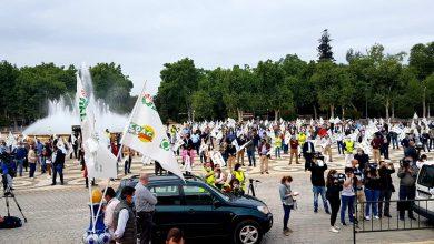 Photo of Agricultores y Ganaderos se concentran en la Plaza de España de Sevilla en contra de la convergencia brusca de la PAC